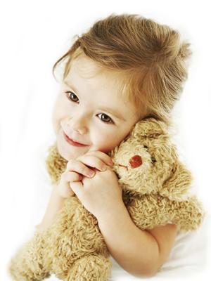 Ein kleines Kind mit Hausstauballergie